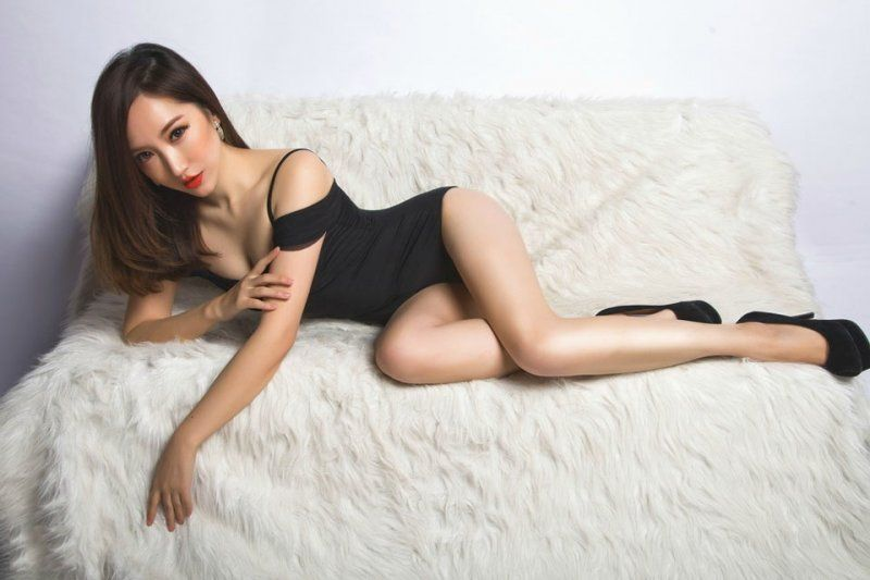 Asian Playmate Double 5